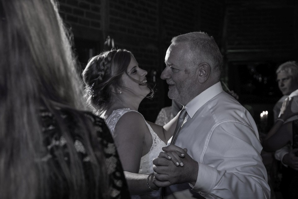 Braut Brautvater Tanz Hochzeit Fotografie